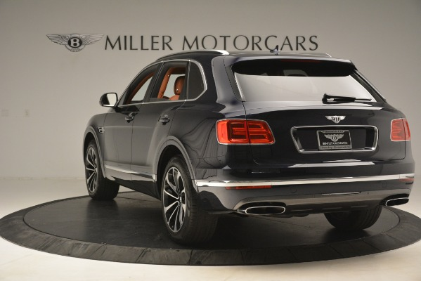 Used 2018 Bentley Bentayga Signature for sale Sold at Maserati of Greenwich in Greenwich CT 06830 6