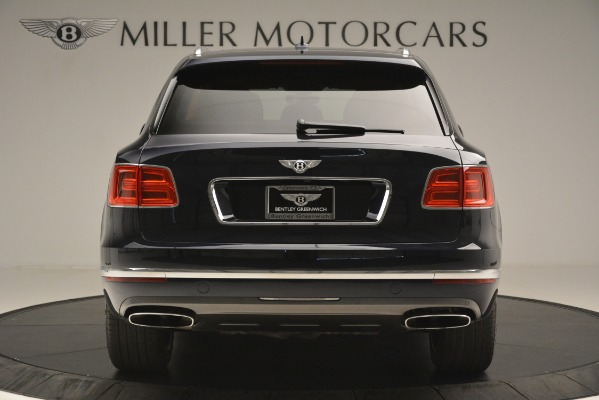 Used 2018 Bentley Bentayga Signature for sale Sold at Maserati of Greenwich in Greenwich CT 06830 7