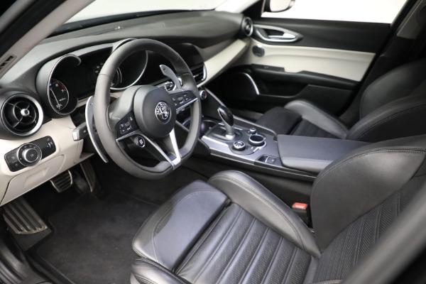Used 2018 Alfa Romeo Giulia Ti Sport Q4 for sale $34,900 at Maserati of Greenwich in Greenwich CT 06830 12