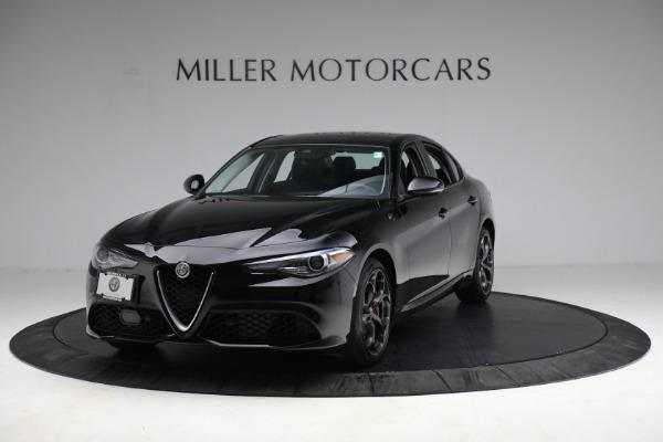 Used 2018 Alfa Romeo Giulia Ti Sport Q4 for sale $34,900 at Maserati of Greenwich in Greenwich CT 06830 1