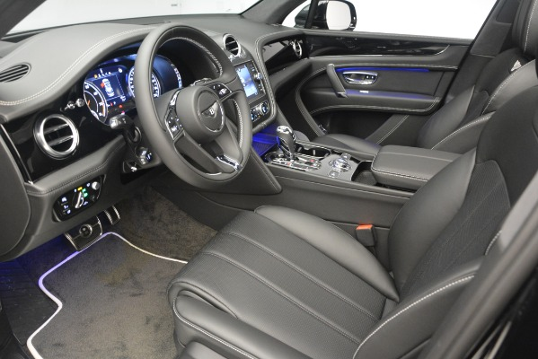 New 2019 Bentley Bentayga V8 for sale Sold at Maserati of Greenwich in Greenwich CT 06830 17
