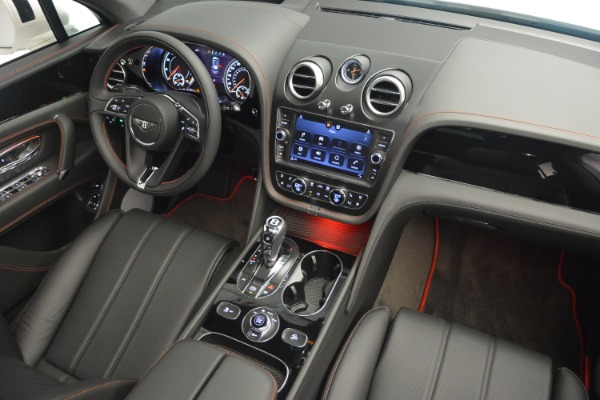 Used 2019 Bentley Bentayga V8 for sale $159,900 at Maserati of Greenwich in Greenwich CT 06830 28
