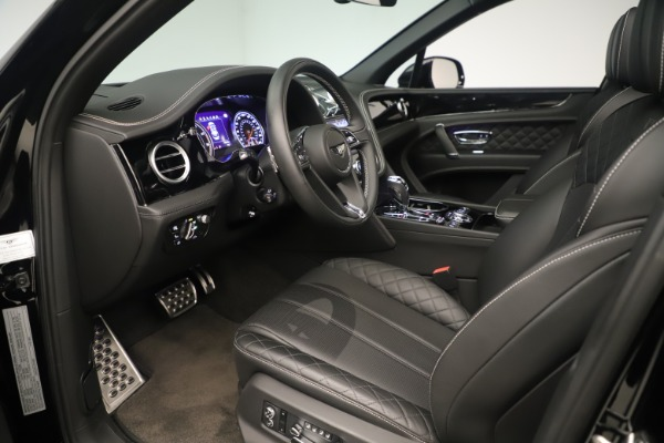 Used 2018 Bentley Bentayga W12 Signature for sale Sold at Maserati of Greenwich in Greenwich CT 06830 17