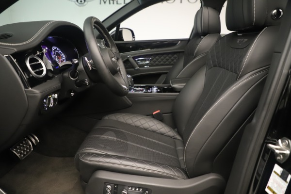 Used 2018 Bentley Bentayga W12 Signature for sale Sold at Maserati of Greenwich in Greenwich CT 06830 18