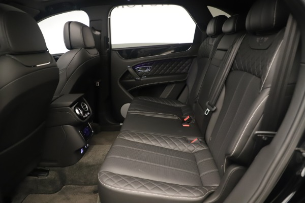Used 2018 Bentley Bentayga W12 Signature for sale Sold at Maserati of Greenwich in Greenwich CT 06830 21
