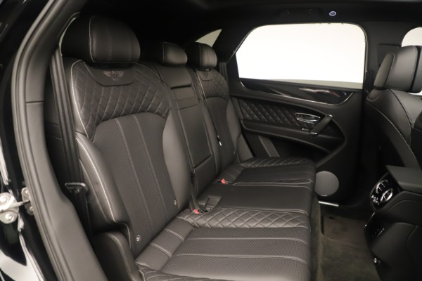 Used 2018 Bentley Bentayga W12 Signature for sale Sold at Maserati of Greenwich in Greenwich CT 06830 24