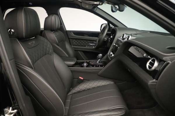 Used 2018 Bentley Bentayga W12 Signature for sale Sold at Maserati of Greenwich in Greenwich CT 06830 28