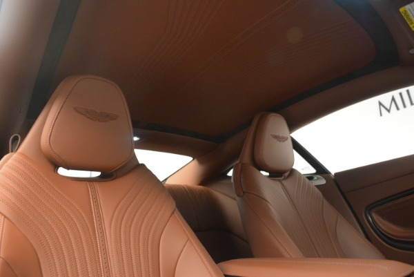 Used 2018 Aston Martin DB11 V12 for sale $164,990 at Maserati of Greenwich in Greenwich CT 06830 19