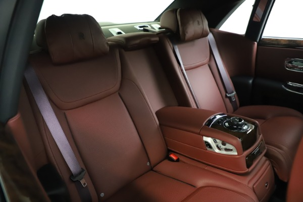 Used 2016 Rolls-Royce Ghost for sale $176,900 at Maserati of Greenwich in Greenwich CT 06830 16