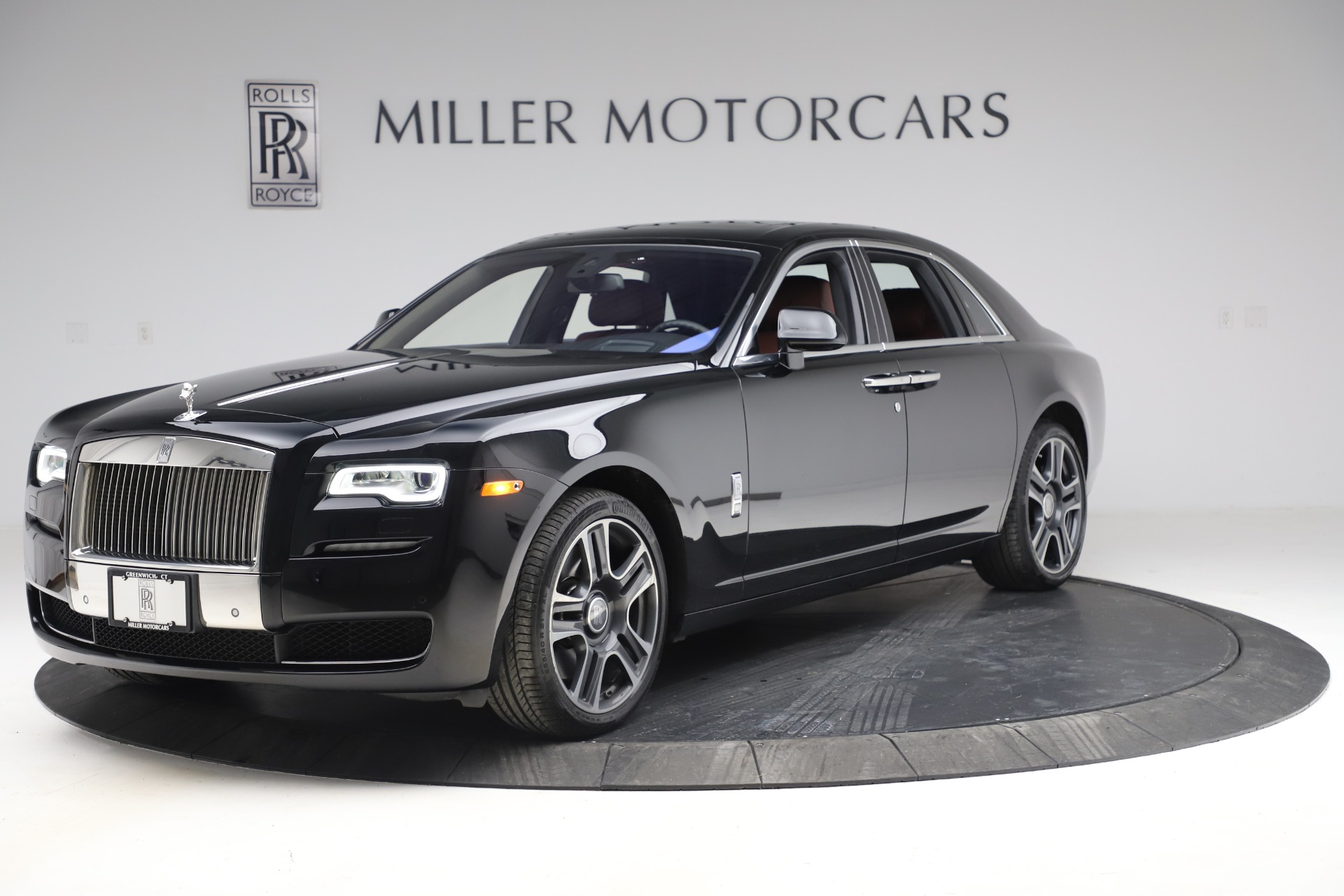 Used 2016 Rolls-Royce Ghost for sale $176,900 at Maserati of Greenwich in Greenwich CT 06830 1