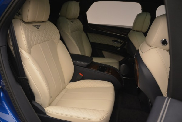 Used 2018 Bentley Bentayga W12 Signature for sale $169,900 at Maserati of Greenwich in Greenwich CT 06830 25