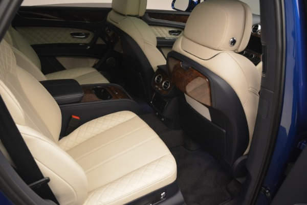 Used 2018 Bentley Bentayga W12 Signature for sale $169,900 at Maserati of Greenwich in Greenwich CT 06830 26