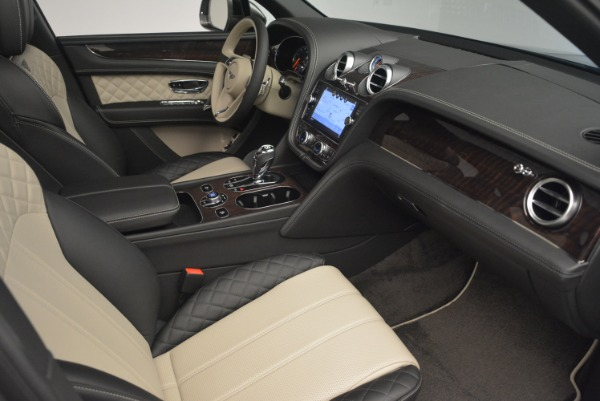 New 2018 Bentley Bentayga W12 Activity for sale Sold at Maserati of Greenwich in Greenwich CT 06830 23