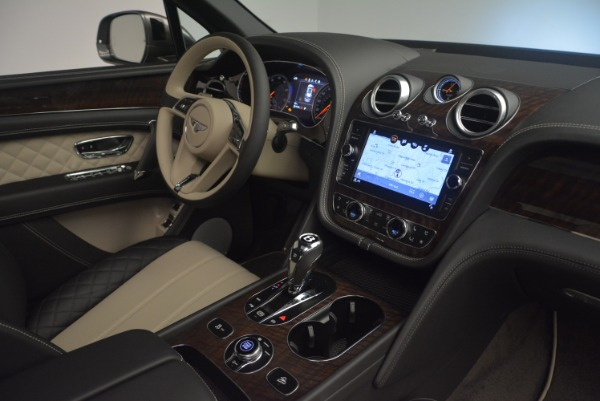 New 2018 Bentley Bentayga W12 Activity for sale Sold at Maserati of Greenwich in Greenwich CT 06830 25