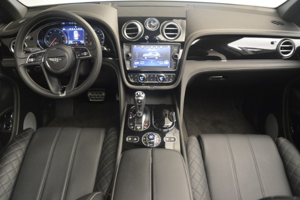 Used 2017 Bentley Bentayga W12 for sale Sold at Maserati of Greenwich in Greenwich CT 06830 22