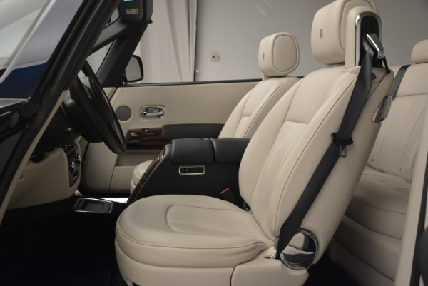 Used 2014 Rolls-Royce Phantom Drophead Coupe for sale Sold at Maserati of Greenwich in Greenwich CT 06830 19