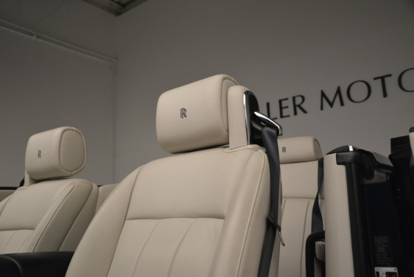 Used 2014 Rolls-Royce Phantom Drophead Coupe for sale Sold at Maserati of Greenwich in Greenwich CT 06830 20