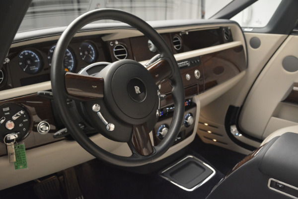 Used 2014 Rolls-Royce Phantom Drophead Coupe for sale Sold at Maserati of Greenwich in Greenwich CT 06830 22