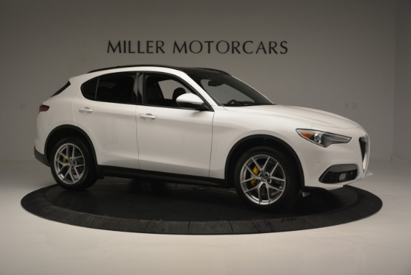 Used 2018 Alfa Romeo Stelvio Ti Sport Q4 for sale $32,900 at Maserati of Greenwich in Greenwich CT 06830 10