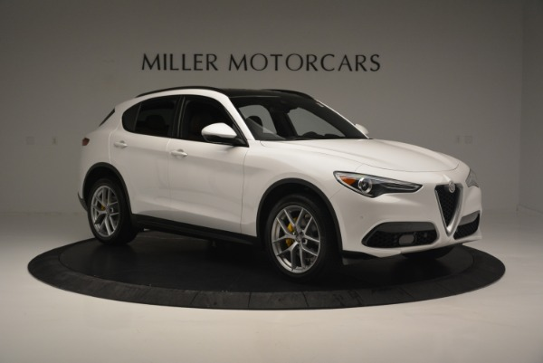 Used 2018 Alfa Romeo Stelvio Ti Sport Q4 for sale $32,900 at Maserati of Greenwich in Greenwich CT 06830 11