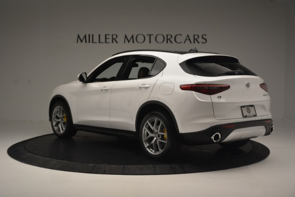 Used 2018 Alfa Romeo Stelvio Ti Sport Q4 for sale $32,900 at Maserati of Greenwich in Greenwich CT 06830 5