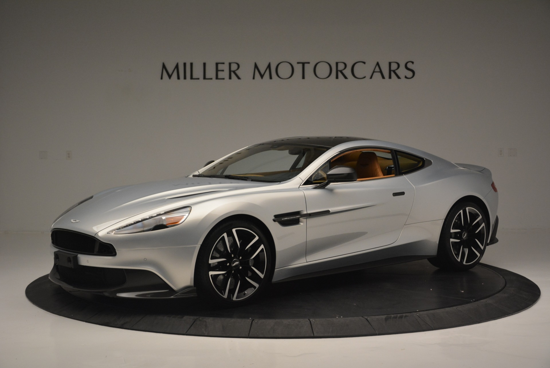 Used 2018 Aston Martin Vanquish S Coupe for sale Sold at Maserati of Greenwich in Greenwich CT 06830 1