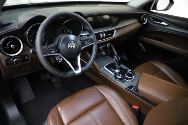 Used 2018 Alfa Romeo Stelvio Ti Q4 for sale $32,900 at Maserati of Greenwich in Greenwich CT 06830 13