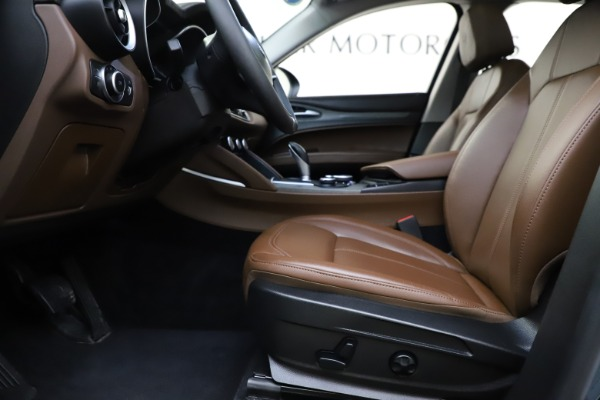 Used 2018 Alfa Romeo Stelvio Ti Q4 for sale $32,900 at Maserati of Greenwich in Greenwich CT 06830 14