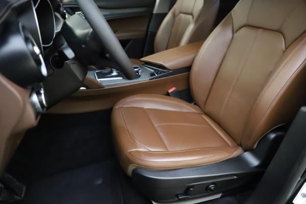 Used 2018 Alfa Romeo Stelvio Ti Q4 for sale $32,900 at Maserati of Greenwich in Greenwich CT 06830 15