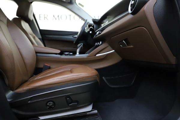 Used 2018 Alfa Romeo Stelvio Ti Q4 for sale $32,900 at Maserati of Greenwich in Greenwich CT 06830 23