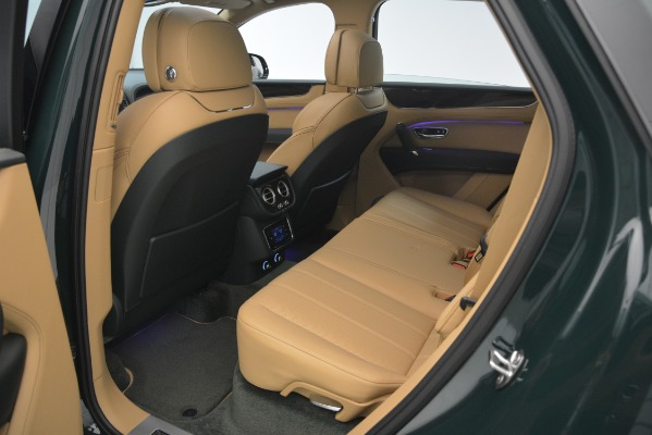 Used 2019 Bentley Bentayga V8 for sale $163,900 at Maserati of Greenwich in Greenwich CT 06830 26