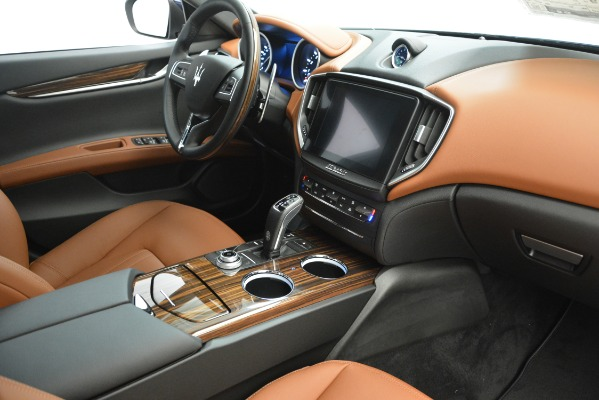 Used 2019 Maserati Ghibli S Q4 for sale Sold at Maserati of Greenwich in Greenwich CT 06830 17