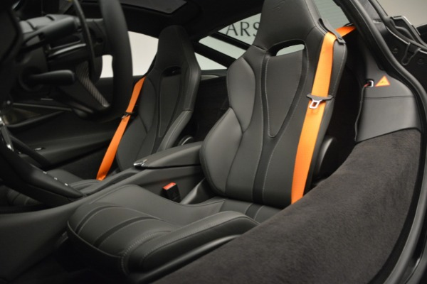 New 2019 McLaren 720S Coupe for sale $344,340 at Maserati of Greenwich in Greenwich CT 06830 20