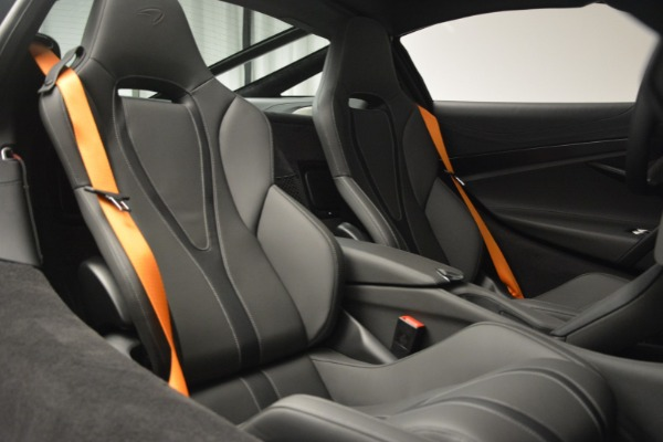 New 2019 McLaren 720S Coupe for sale $344,340 at Maserati of Greenwich in Greenwich CT 06830 23