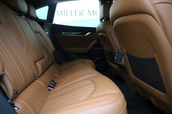 Used 2019 Maserati Levante Q4 GranLusso for sale Sold at Maserati of Greenwich in Greenwich CT 06830 27