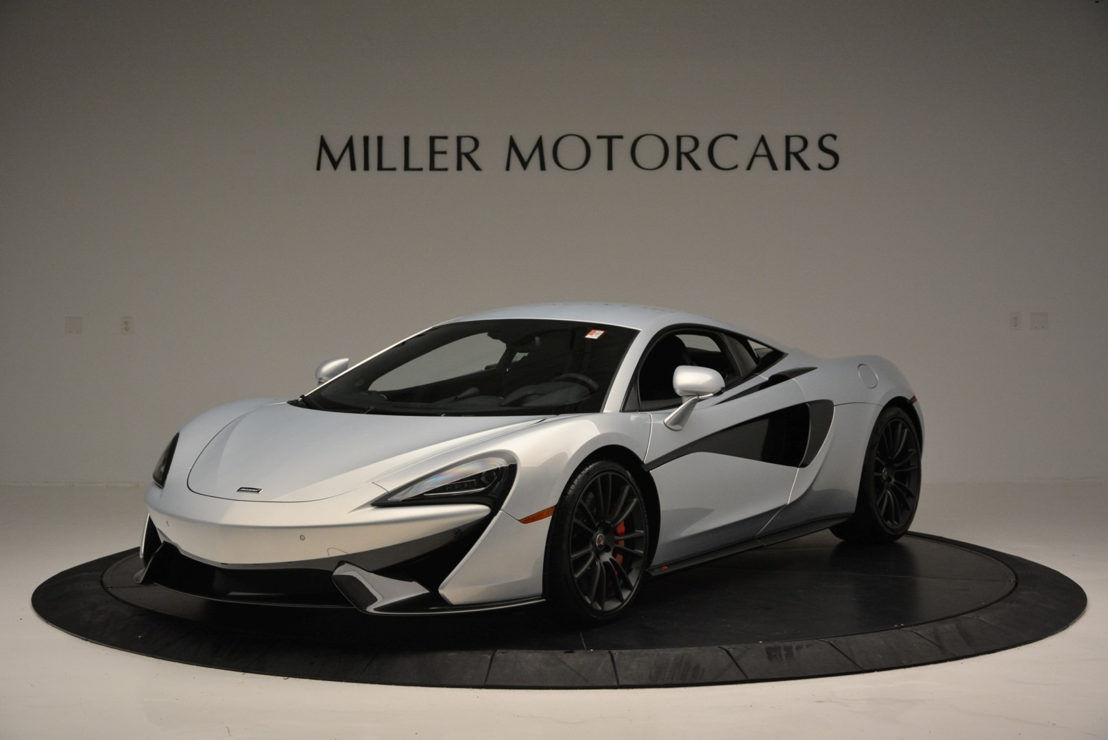 Used 2017 McLaren 570S Coupe for sale $159,900 at Maserati of Greenwich in Greenwich CT 06830 1