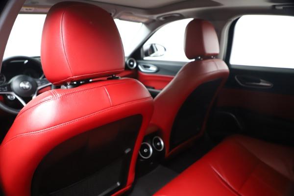 New 2019 Alfa Romeo Giulia Q4 for sale Sold at Maserati of Greenwich in Greenwich CT 06830 19