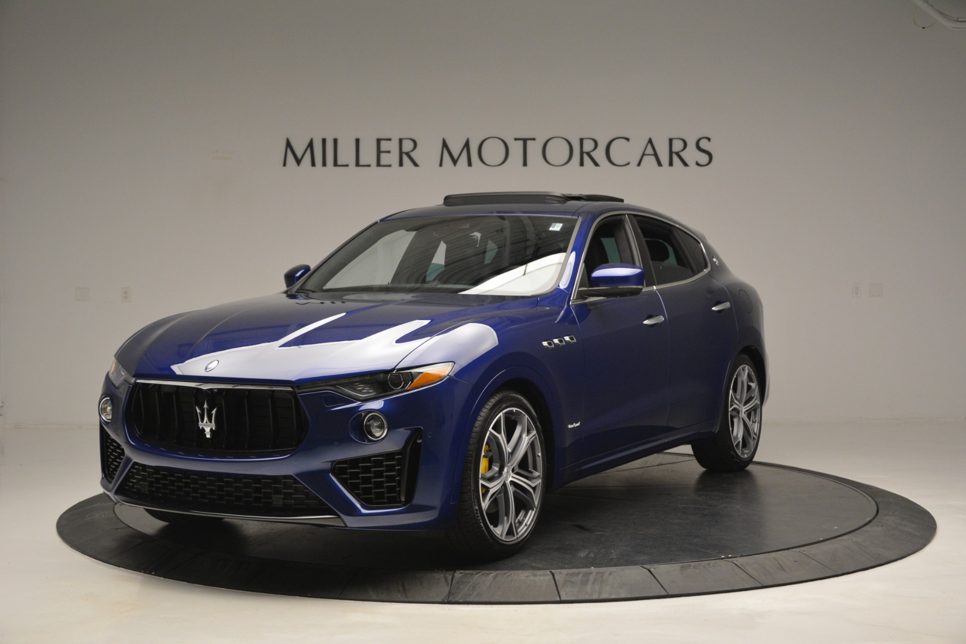 New 2019 Maserati Levante Q4 GranSport for sale Sold at Maserati of Greenwich in Greenwich CT 06830 1