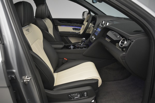New 2019 Bentley Bentayga V8 for sale Sold at Maserati of Greenwich in Greenwich CT 06830 28