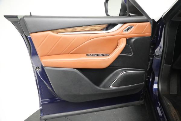 New 2019 Maserati Levante Q4 GranLusso for sale Sold at Maserati of Greenwich in Greenwich CT 06830 17