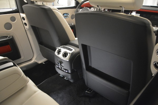 Used 2019 Rolls-Royce Ghost for sale $298,900 at Maserati of Greenwich in Greenwich CT 06830 25