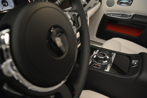 Used 2019 Rolls-Royce Ghost for sale $298,900 at Maserati of Greenwich in Greenwich CT 06830 28