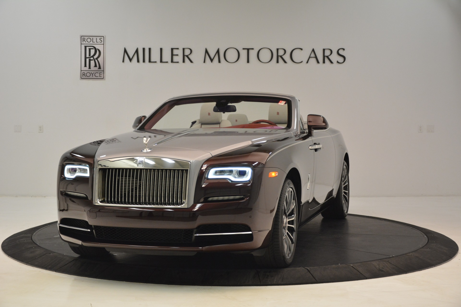 New 2019 Rolls-Royce Dawn for sale $422,325 at Maserati of Greenwich in Greenwich CT 06830 1