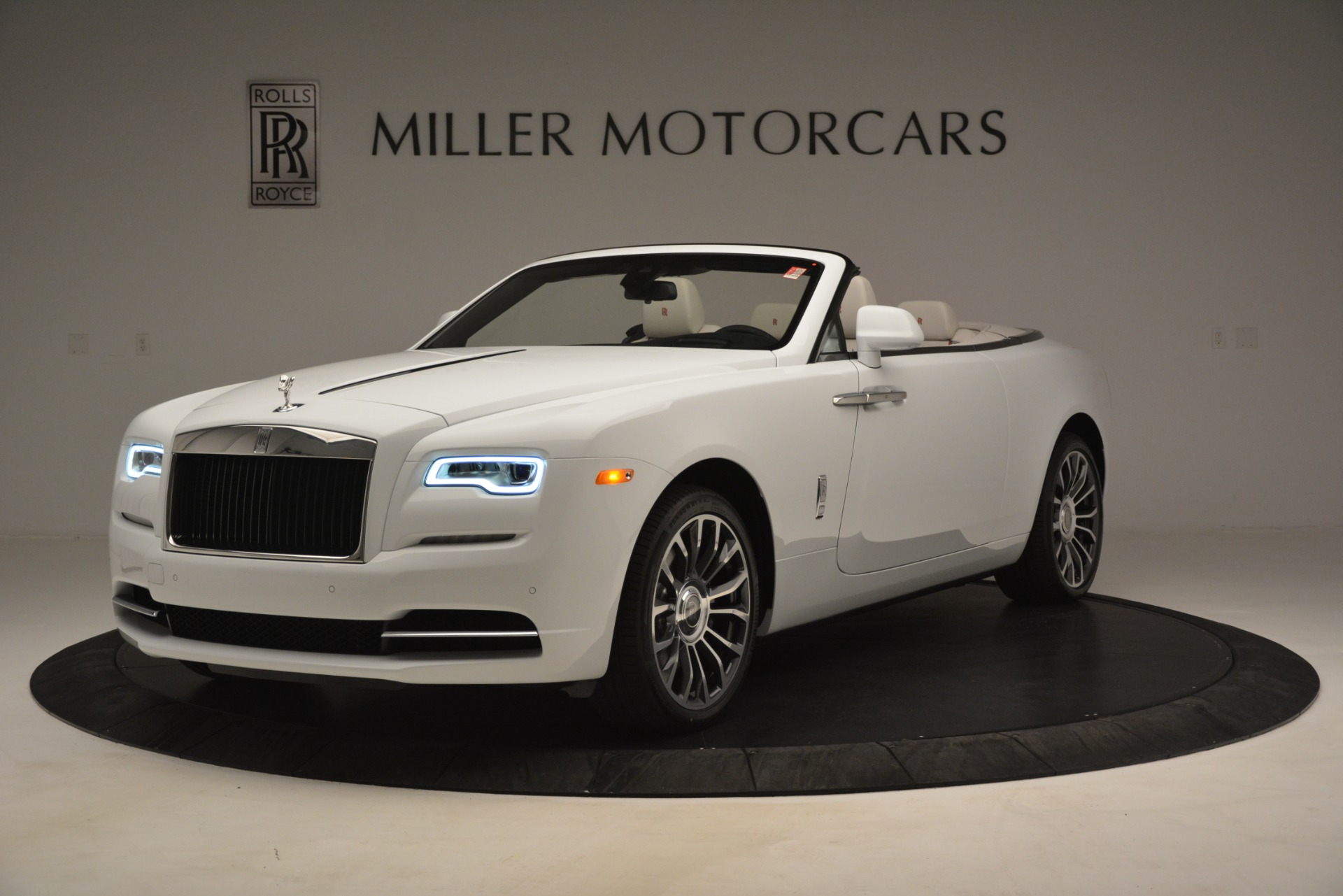 Used 2019 Rolls-Royce Dawn for sale $389,900 at Maserati of Greenwich in Greenwich CT 06830 1
