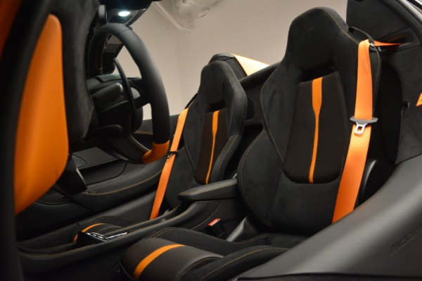 Used 2019 McLaren 570S SPIDER Convertible for sale $240,720 at Maserati of Greenwich in Greenwich CT 06830 25