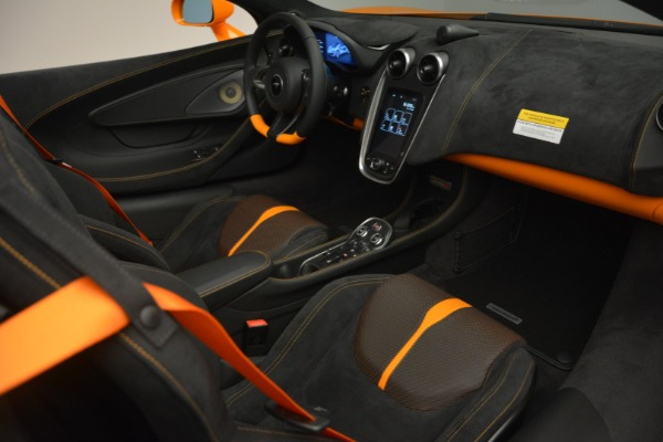Used 2019 McLaren 570S SPIDER Convertible for sale $240,720 at Maserati of Greenwich in Greenwich CT 06830 26