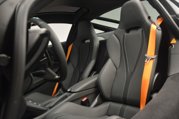 New 2019 McLaren 720S Coupe for sale $336,440 at Maserati of Greenwich in Greenwich CT 06830 20