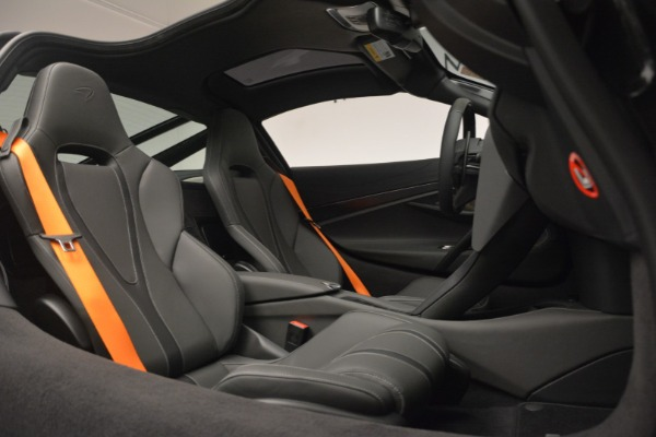 New 2019 McLaren 720S Coupe for sale $336,440 at Maserati of Greenwich in Greenwich CT 06830 22