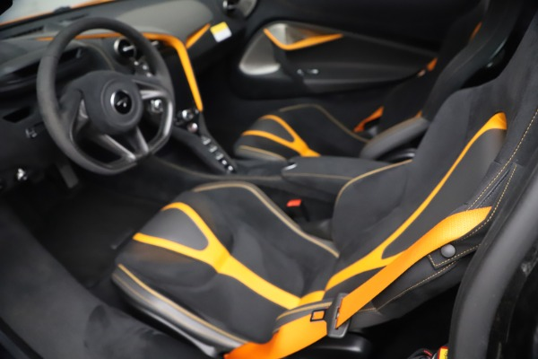 Used 2019 McLaren 720S Performance for sale $309,990 at Maserati of Greenwich in Greenwich CT 06830 27