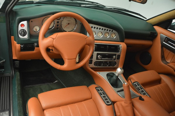 Used 1999 Aston Martin V8 Vantage Le Mans V600 Coupe for sale $550,000 at Maserati of Greenwich in Greenwich CT 06830 16